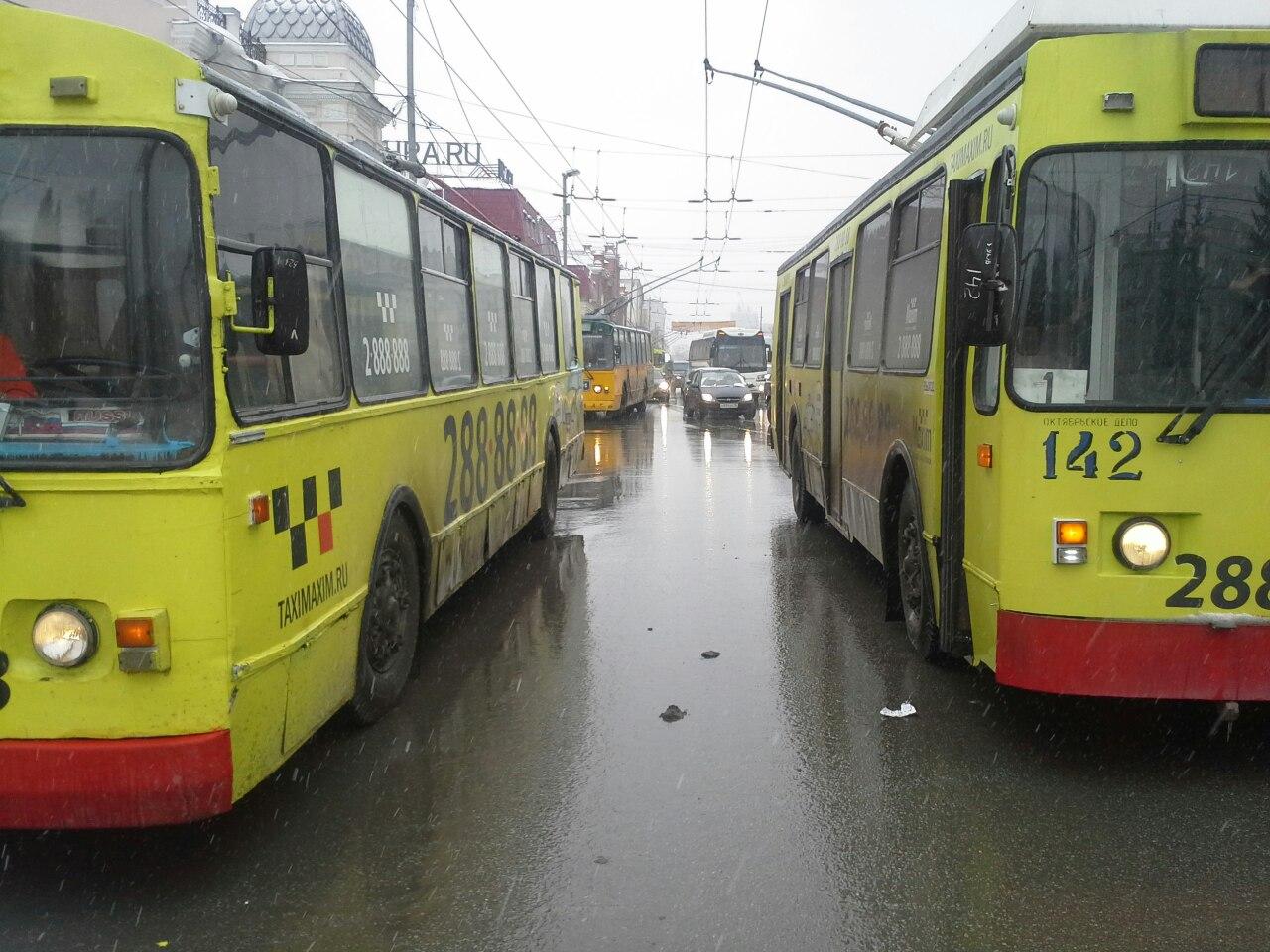 Городские депутаты попросили у Заксобрания денег на общественный транспорт