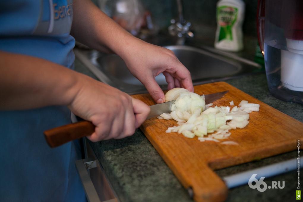 Кушать подано: екатеринбургских старшеклассников накормят на 50 рублей