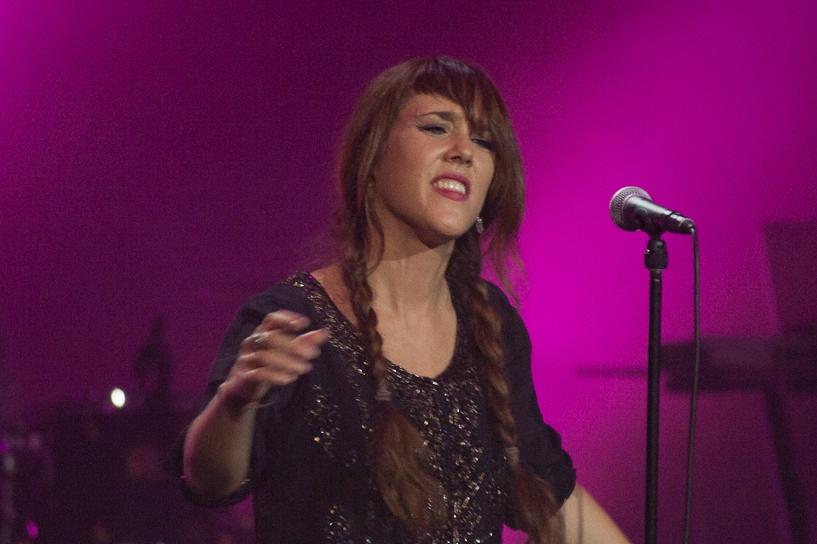 Фоторепортаж 66.ru: французская певица Zaz прокачала «Космос»