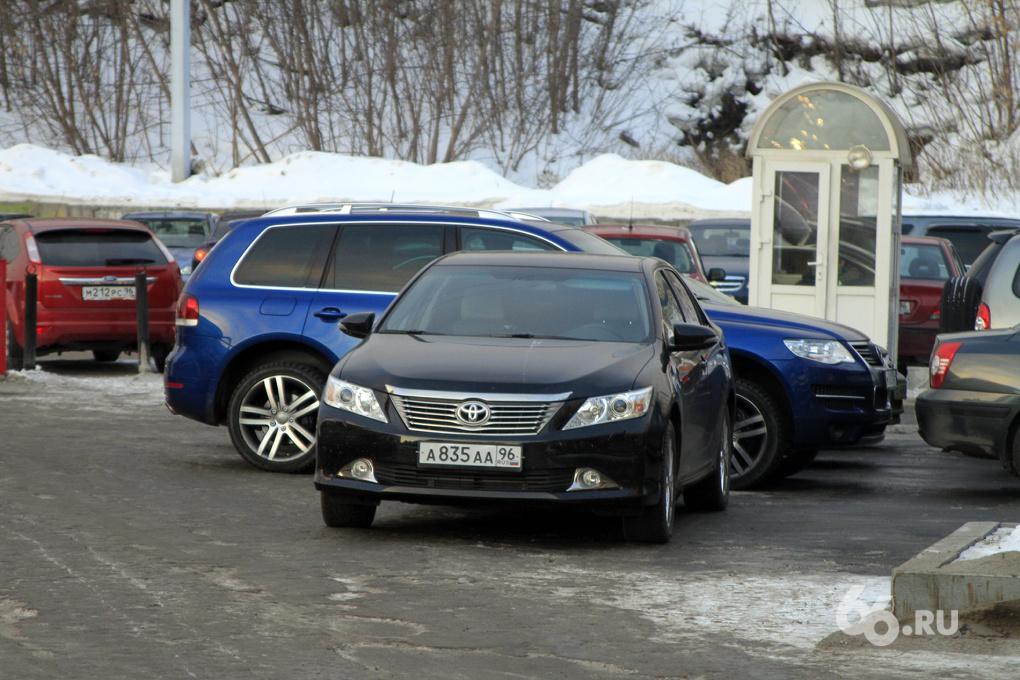 Ройзман будет ездить на старенькой «Тойоте» Порунова