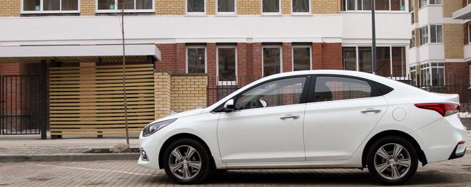 Марш наркоманов: как тест нового Hyundai Solaris превратился в «маски-шоу»