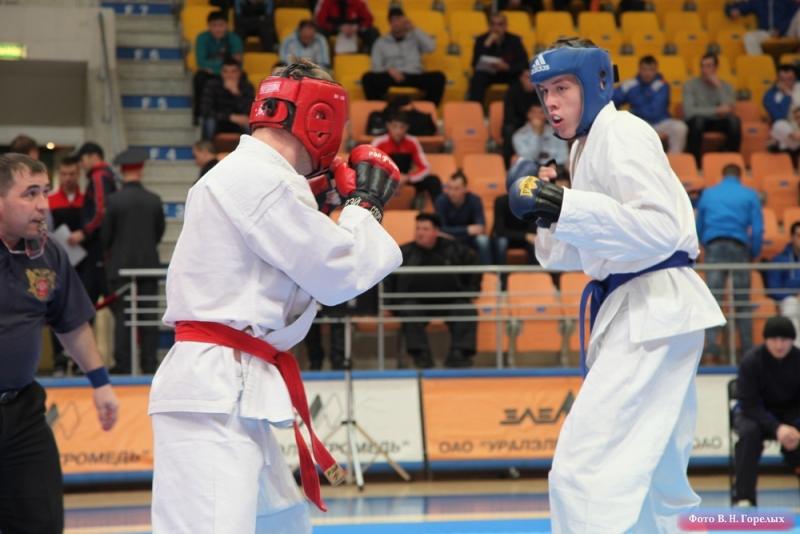 В Пышме стартовал полицейский чемпионат по рукопашному бою