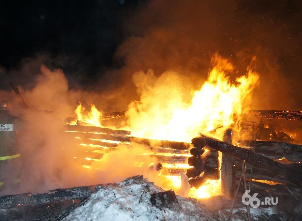 В Горном Щите выгорел частный дом