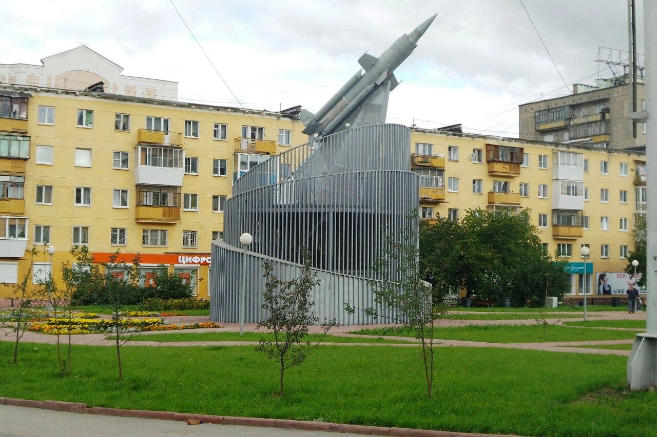 Алтайская фирма оставила жителей Уралмаша без фонтана