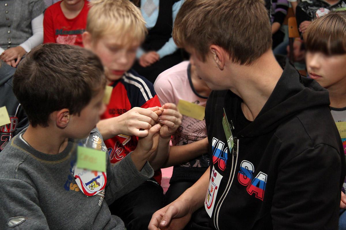 После публикации 66.ru детдомовцев из Ирбита срочно сняли с уроков и повезли усмирять в Минобр