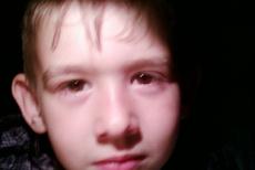 Полиция установила личность матери мальчика, брошенного на трассе