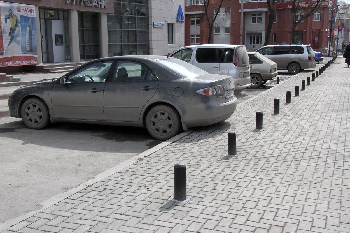 Липович недоволен состоянием парковочных карманов в Екатеринбурге