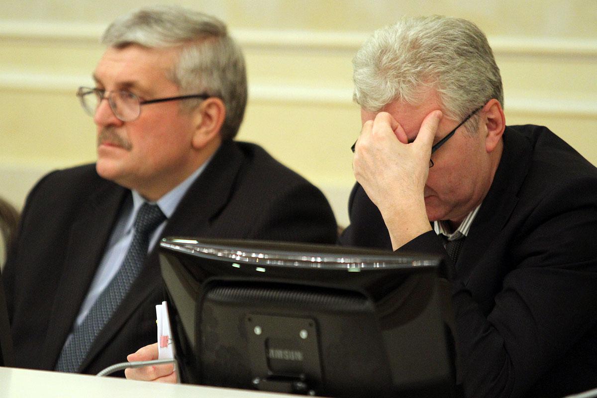 Якоб и Порунов ушли в минус в рейтинге уральских мэров