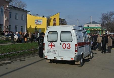 На улице Стрелочников мотоциклист сбил женщину