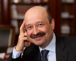 Президент ВТБ24: при спокойной политической обстановке рубль будет укрепляться