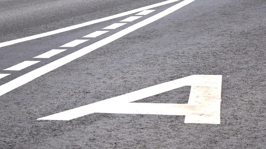ВГИБДД Екатеринбурга признали «выделенку» для городского автомобильного транспорта наРозы Люксембург незаконной