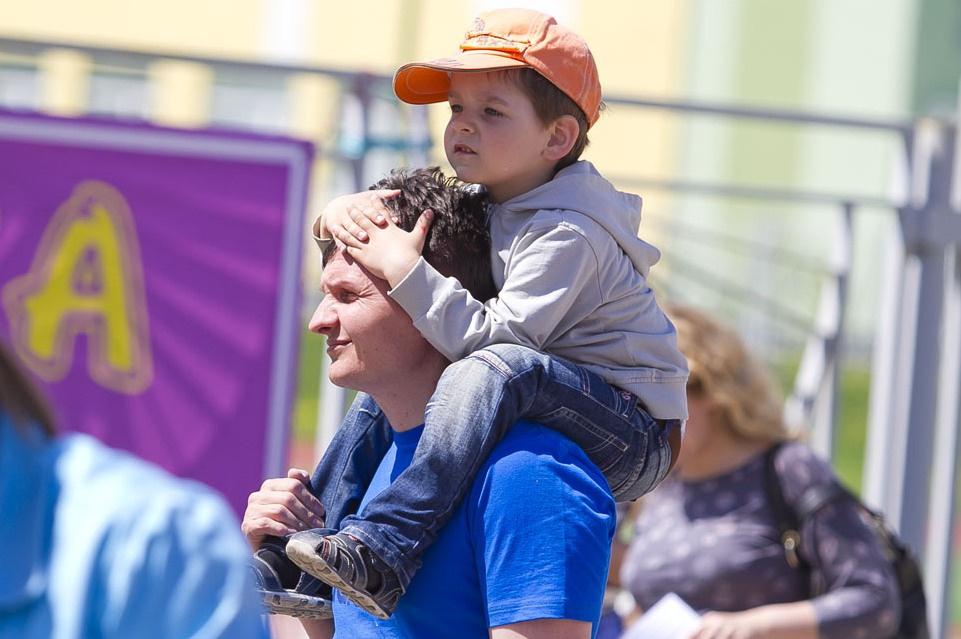 В страховой стаж будут зачислять до 4,5 лет ухода за детьми