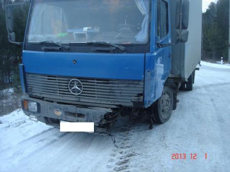 Под Камышловом пьяный водитель ВАЗа влетел в грузовик