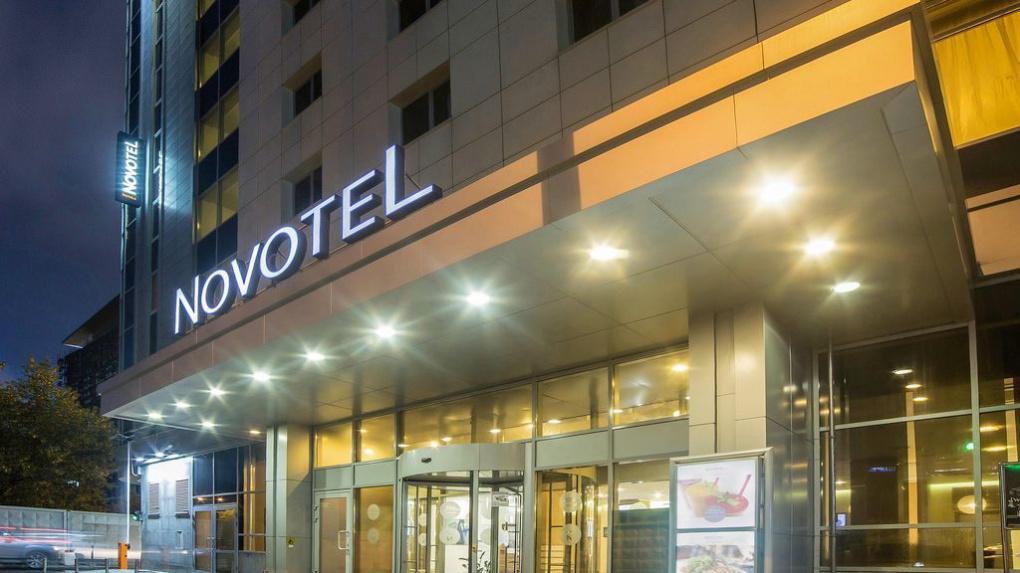 Банк «Открытие» продает Novotel на Энгельса. За гостиницу планируют выручить более 700 млн рублей