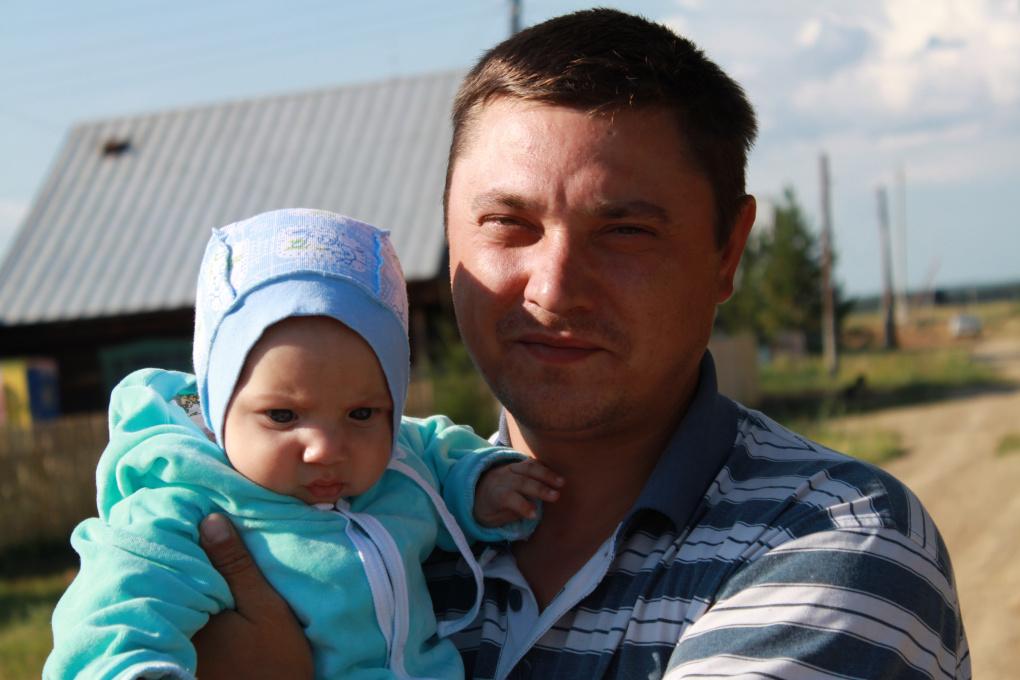 Свердловчане собирают деньги на операцию для сына сотрудника ГУФСИН