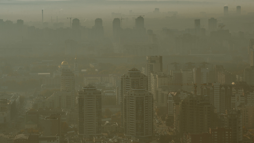 Концентрация пыли в воздухе Екатеринбурга в шесть раз превысила норму, установленную ВОЗ