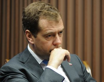 Медведев: «Оценивать министров может только президент»