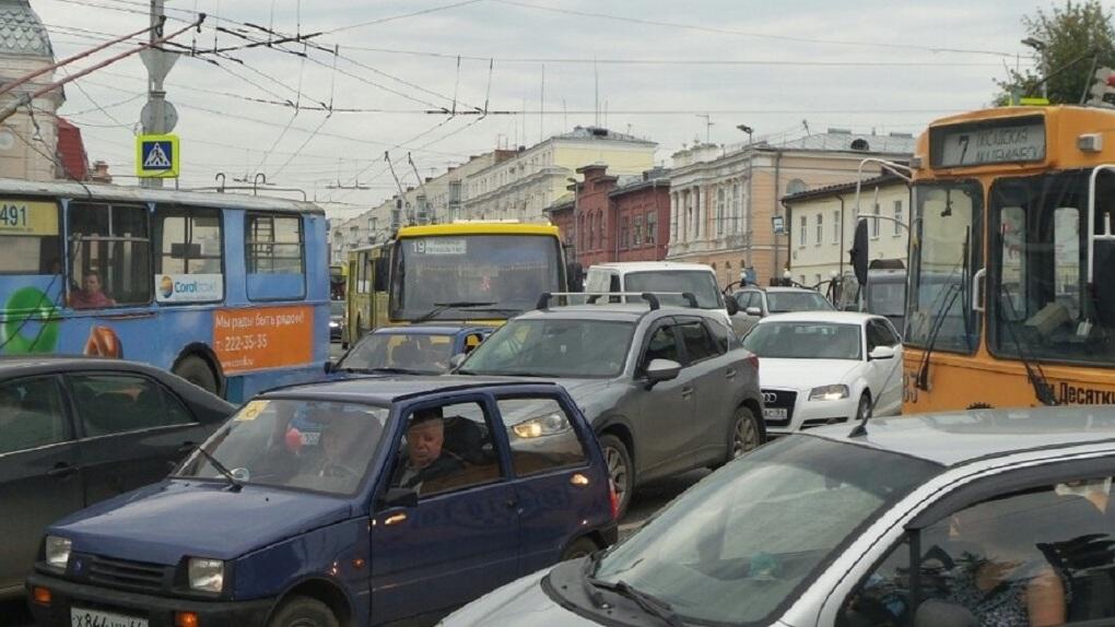 Минтранс поддержал введение выделенных полос вкрупных городах