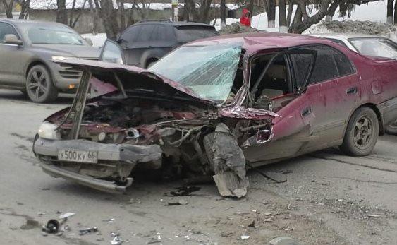 На Комсомольской неадекватный водитель устроил автопобоище