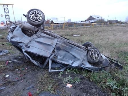 Смертельное ДТП в Богдановиче: ВАЗ врезался в дорожный знак