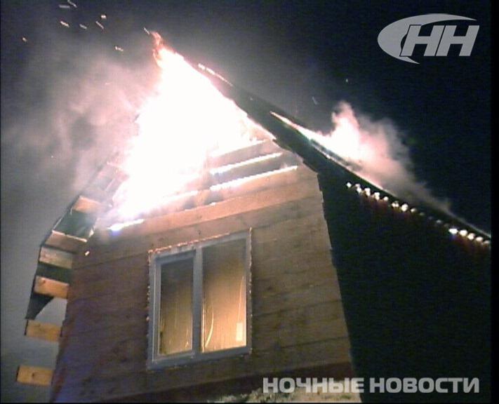 Пожарные полночи тушили садовый домик на Челябинском тракте