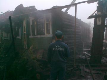 В пожаре в Ревде сгорели два человека