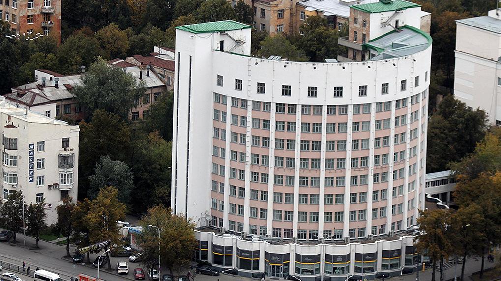 Губернатор реконструирует гостиницу «Исеть» и «Городок чекистов». Это могут поручить «Атомстройкомплексу»